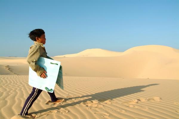 Vietnam sand dunes photographed by Santa Barbara based travel photographer Sarka Photography
